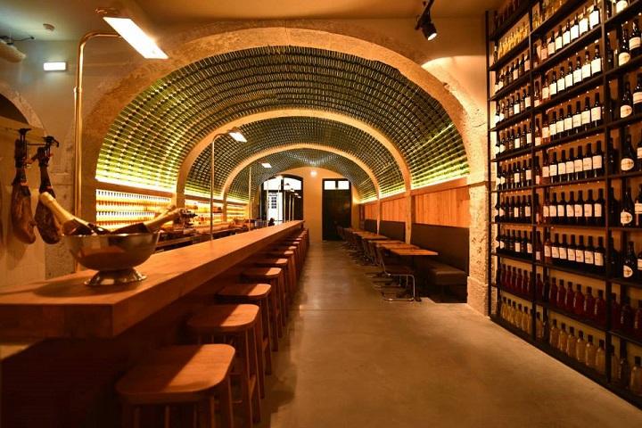 Lisbon_Wine_Tasting.jpg