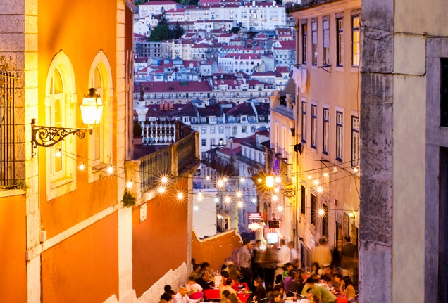 Lisbon_at_Night.jpg